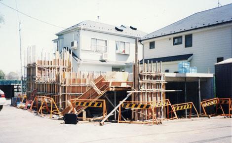 基礎工事…地下に駐車場